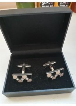 Красиви кристални ръкавели за младоженец кум абитуриент и шафери в черно и шампанско модел Black and White