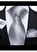 Комплект вратовръзка кърпичка и ръкавели за младоженец в цвят сребристо сиво