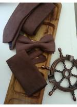 Вратовръзка, папийонка и кърпичка за младоженец от велур в шоколадово кафяво