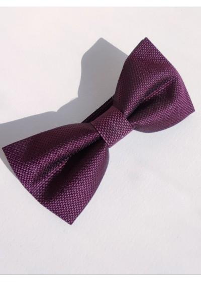 Стилна папийонка цвят тъмно виолетово за официални случаи и бизнес облекло