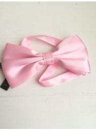 Елегантна папийонка за младоженец в цвят розово