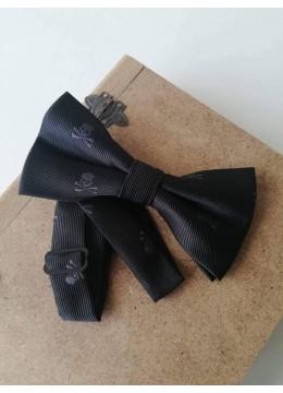 Папийонка за абитуриент в черно с черепи