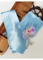 Луксозен комплект копринена вратовръзка кърпичка бутониера и ръкавели в светло синьо