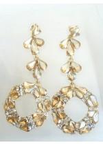 Нежни дамски кристални обици в цвят златна сянка модел Circle of Flowers