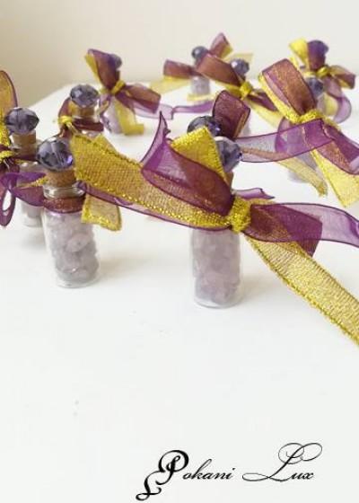 Подаръче за сватба шишенце с полускъпоценен камък аметист Дуо и кристал над 20 бр