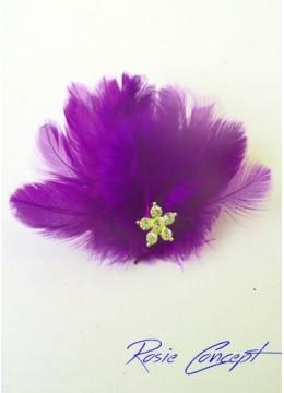 Дизайнерски ръчно изработени брошки - украса за коса с пера и кристали цвят лилаво Purple Bird