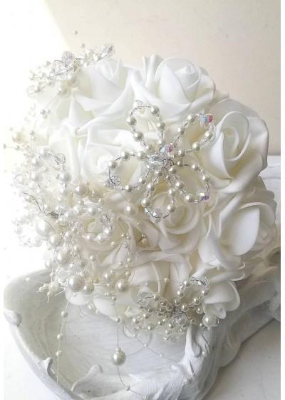 Букет за сватба с украса от перли и 19 изкуствени рози Roses délicates et perles