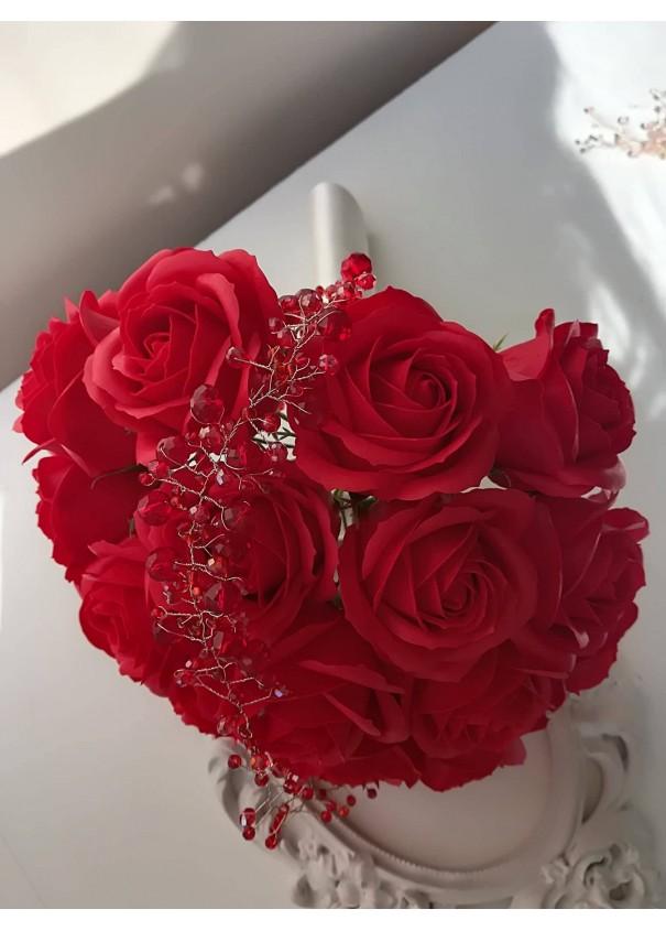 Булчински букет с луксозни червени рози и кристали Сваровски Red Roses Passion