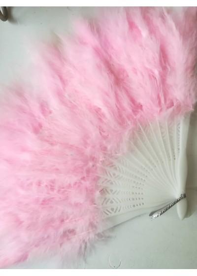 Булчинско ветрило от пера в цвят розово