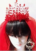 Сватбен воал в ярко червено модел Megan